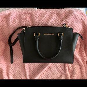Handbags - Michael kors Selma medium Saffiano leather satchel